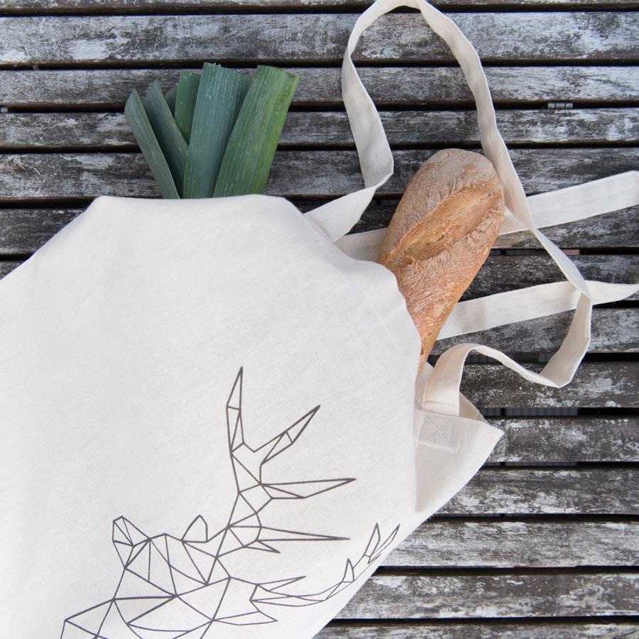 Jutebeutel mit Hirschmotiv - Daheim deko Online Shop