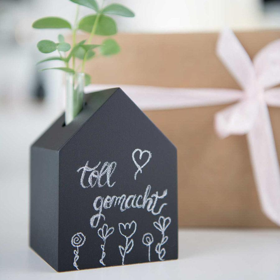 Dekohaus schwarz Tafellack mit Vase