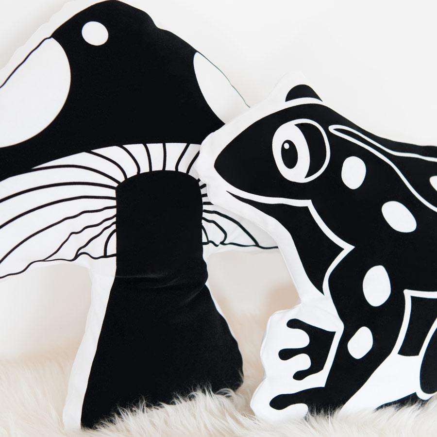Kissen mit Motiv Frosch Fliegenpilz