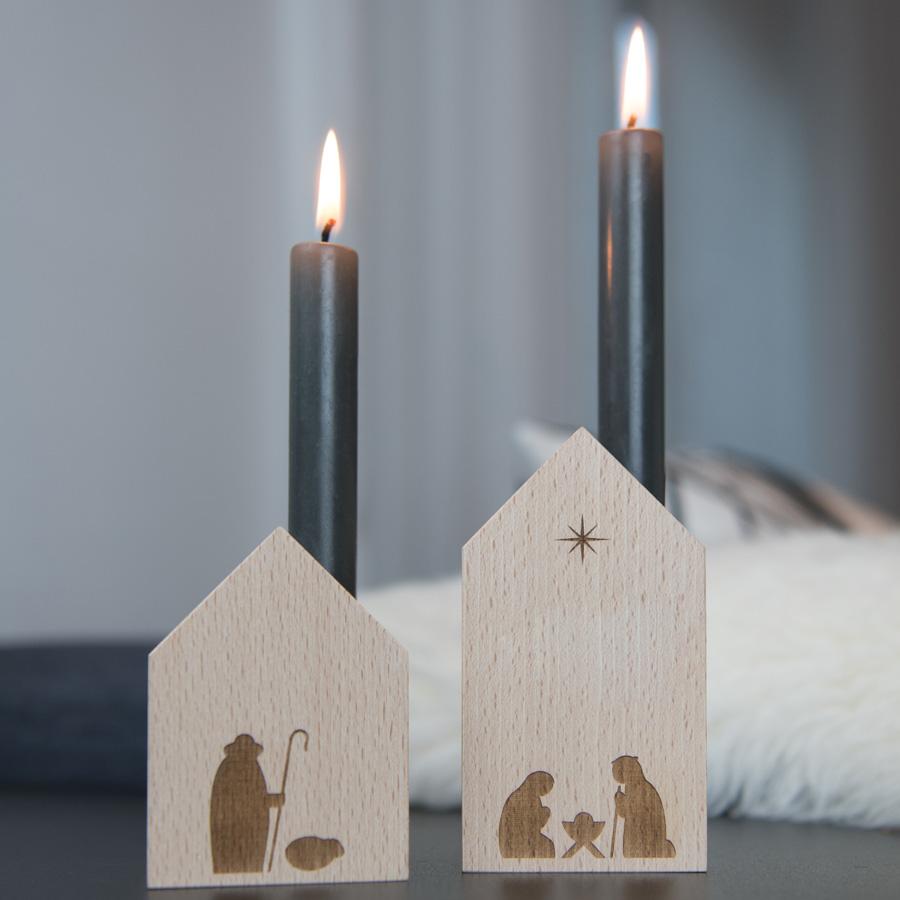 Minimalistische Weihnachtskrippe mit Kerze