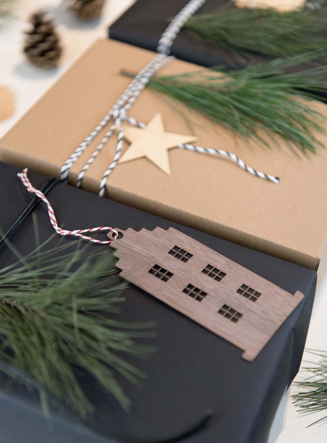Geschenke verpacken mit Daheim Deko