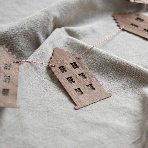 Girlande Häuser Holz