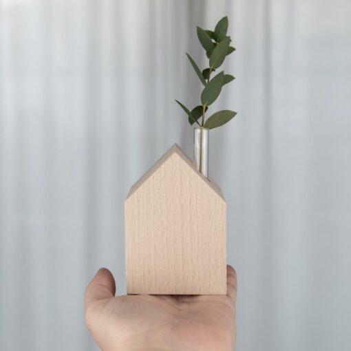 Dekohaus Holz mit Vaseneinsatz
